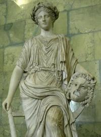 Статуя Мельпомены