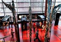 Музей на набережной Бранли (выставочный зал)